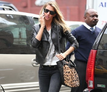 Gisele Bundchen seen leaving Nello and walking about Central Park East in NYC